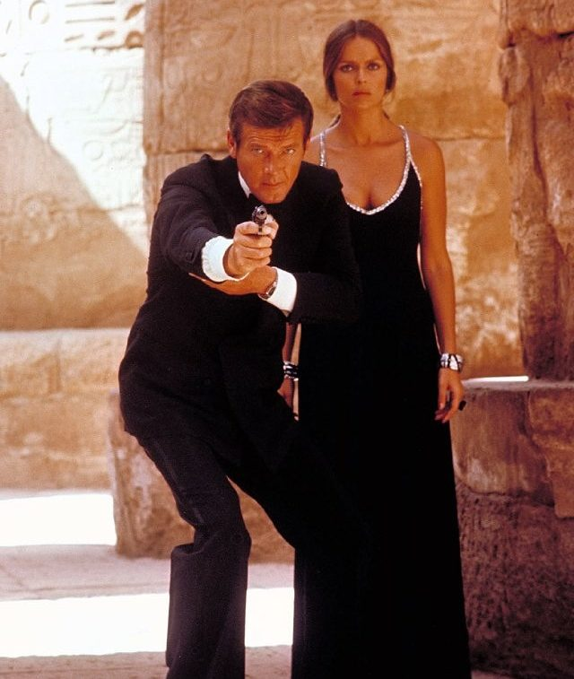 image23 e1581090040108 11 Of The Best James Bond Movies (And 10 Of The Worst)