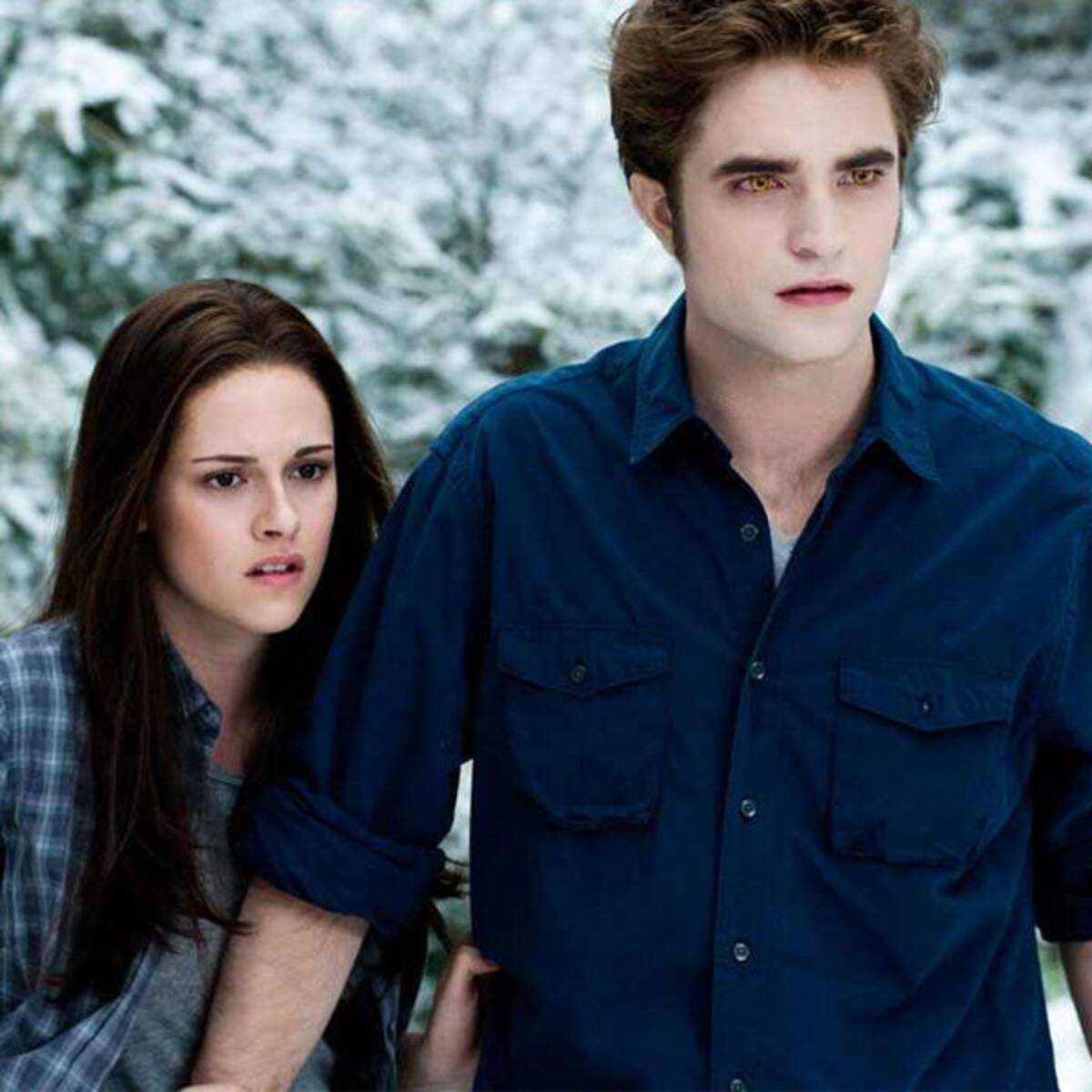 rs 600x600 171113155721 600.twilight bella edward 2.ct .111317 35 Great Movie Romances That Are Actually Deeply Problematic