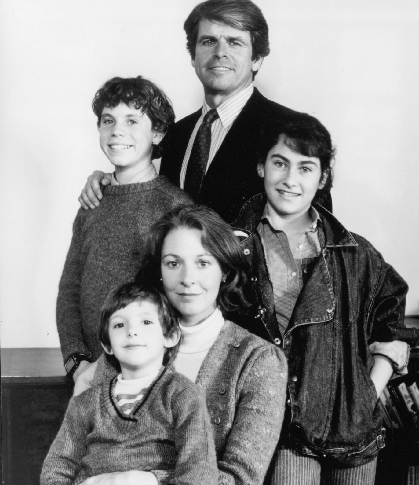 still of jane alexander william devane lukas haas rossie harris and roxana zal in testament large picture movies 915152790 e1582544838537 20 Barnstorming Facts You Never Knew About Witness