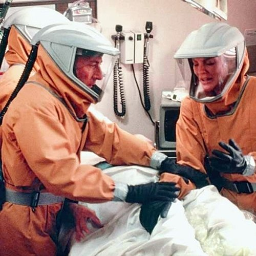 2 53 8 Fascinating Facts About The Scarily Topical 1995 Film Outbreak