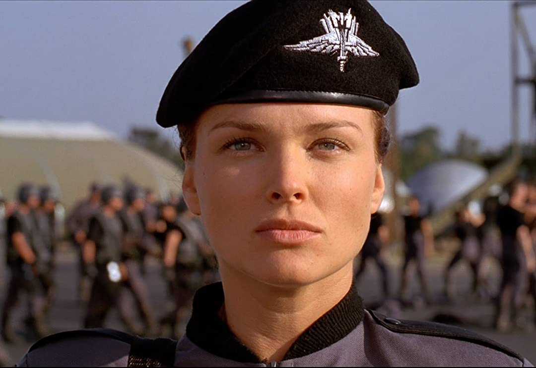 B000MF4O82 starshiptroopers UXSY1. V143581242 SX1080 The 20 Best CGI Movie Monsters Ever