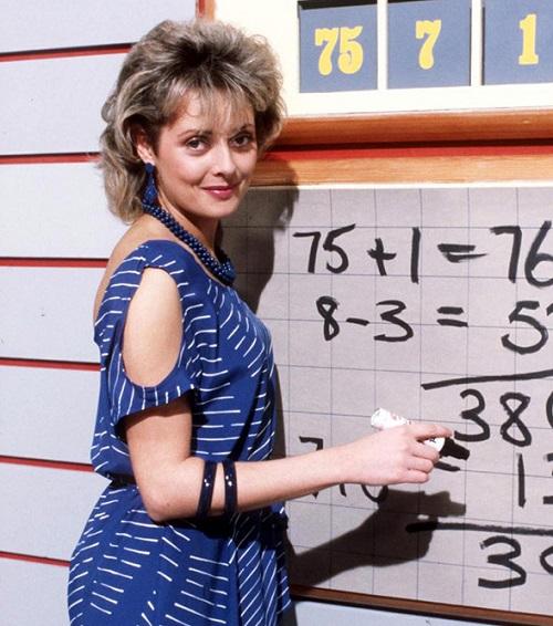 carol t Carol Vorderman Begins Free Online Maths Lessons For Kids As Schools Close