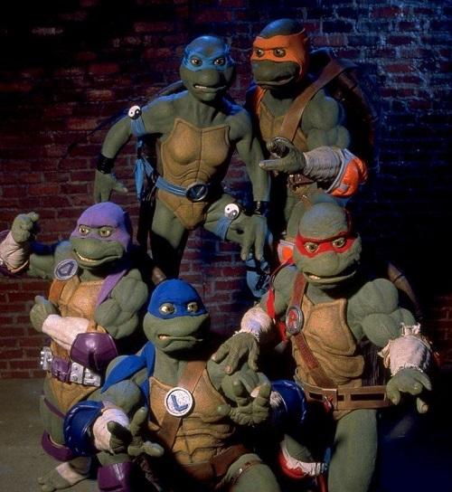 ninja turtles the next mutation dba4f1e6 7c83 42a3 9676 2e5fdd0cc6c resize 750 20 Of The Weirdest TV Crossovers Ever
