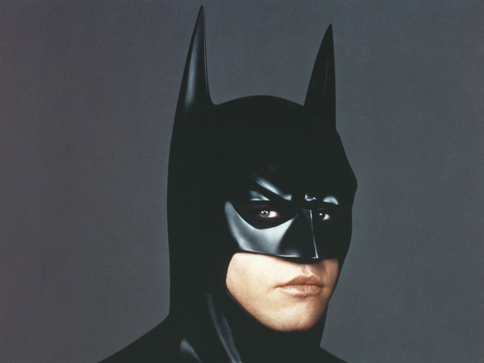 val kilmer batman 20 Things You Didn't Know About The 1995 Film Heat