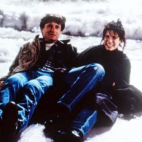 2 17 10 Fascinating Facts About The 1995 Romantic Comedy While You Were Sleeping