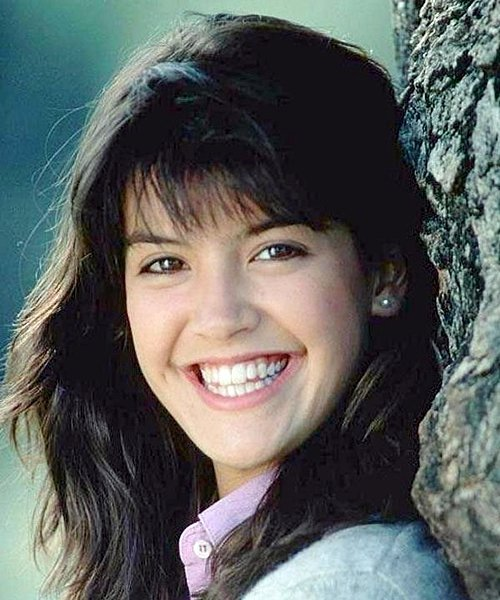 2 26 Remember Phoebe Cates? Here's What She Looks Like Now!