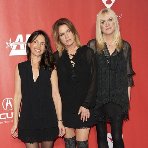 2 10 Fascinating Facts About Legendary 80s Girl Group The Bangles