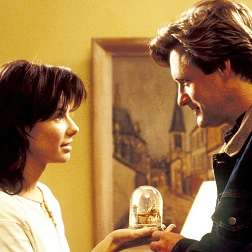 3 17 10 Fascinating Facts About The 1995 Romantic Comedy While You Were Sleeping