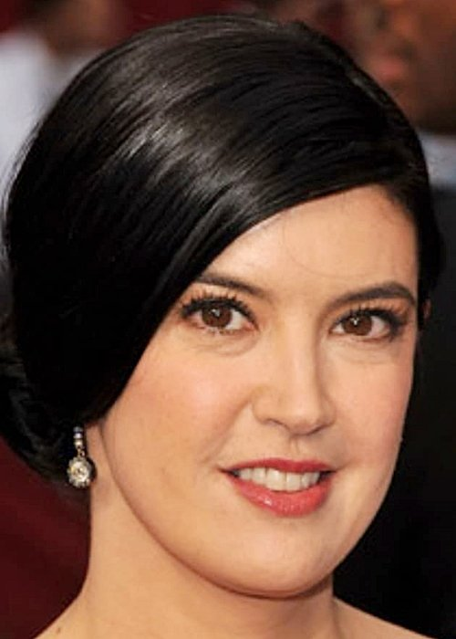 8 27 Remember Phoebe Cates? Here's What She Looks Like Now!