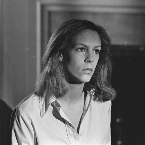 9 41 10 Fascinating Facts About The Fabulous Jamie Lee Curtis!