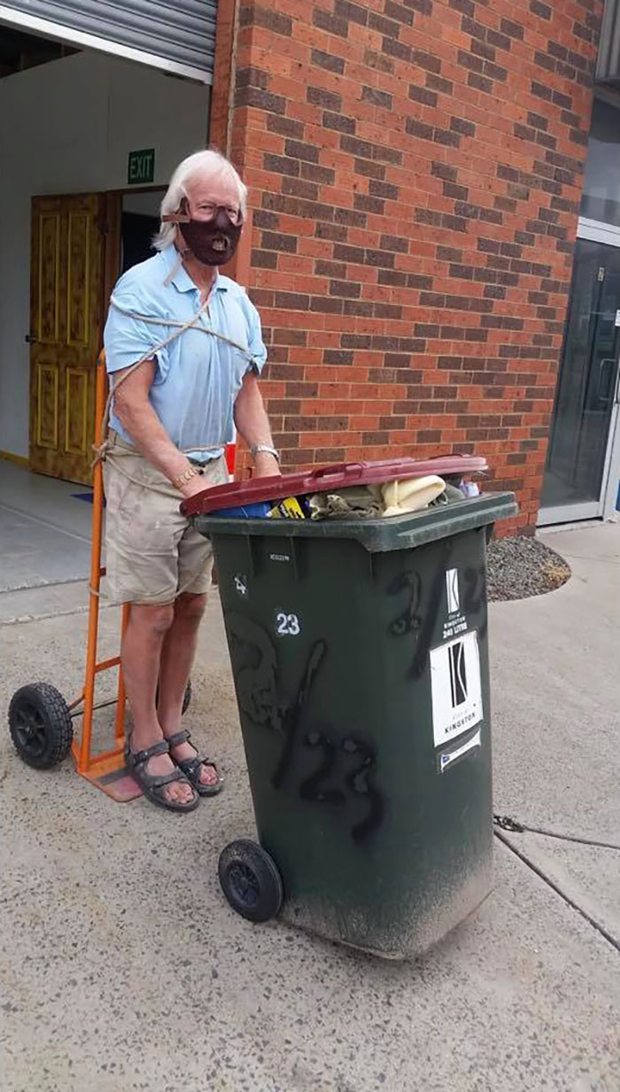 australians dress up taking bins out 5e8afbafacd5d 700 Australians In Lockdown Are Dressing In Their Finest Costumes Just To Take The Bins Out