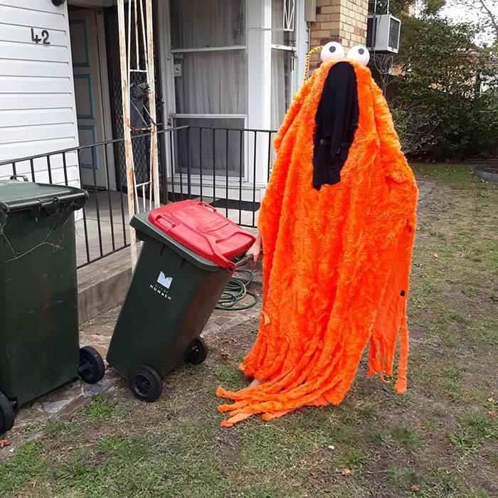 australians dress up taking bins out 5e8afffb6650b 700 Australians In Lockdown Are Dressing In Their Finest Costumes Just To Take The Bins Out