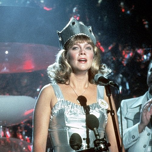 3 14 20 Fascinating Facts About The Brilliant 1986 Film Peggy Sue Got Married