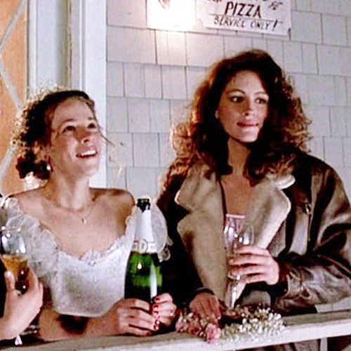 4 23 10 Things You Never Knew About The 1988 Julia Roberts Film Mystic Pizza