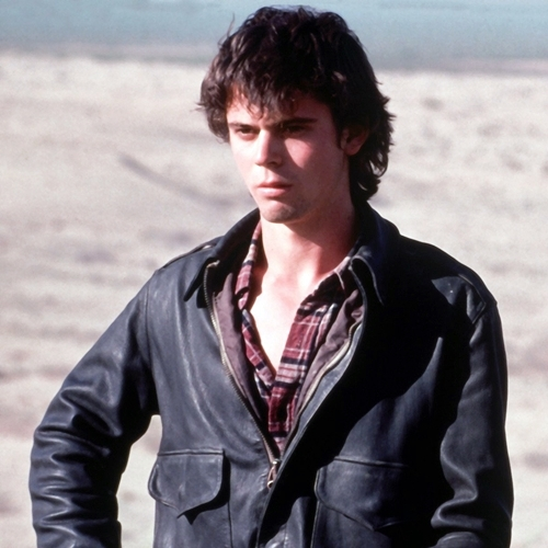 6 19 10 Fascinating Facts About The Terrifying 1986 Thriller The Hitcher