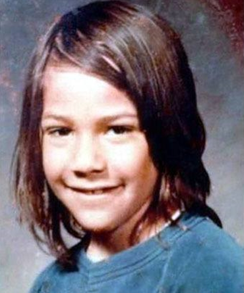 9 16 14 Cute Before They Were Famous Celebrity School Photos