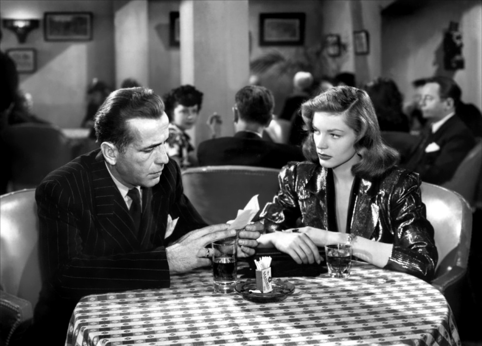 bacall 2 25 Hollywood Actors Who Had An Affair With Their Co-Star