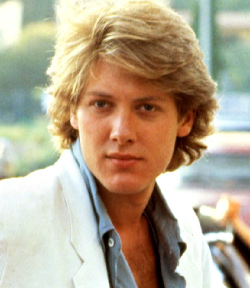 pretty 59 e1588605637993 20 Good-Looking Facts You Never Knew About Pretty In Pink