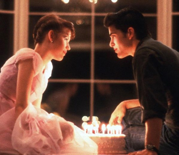 sixteen candles birthday cake cover e1620387234432 25 Movies From The 80s That Need Remakes