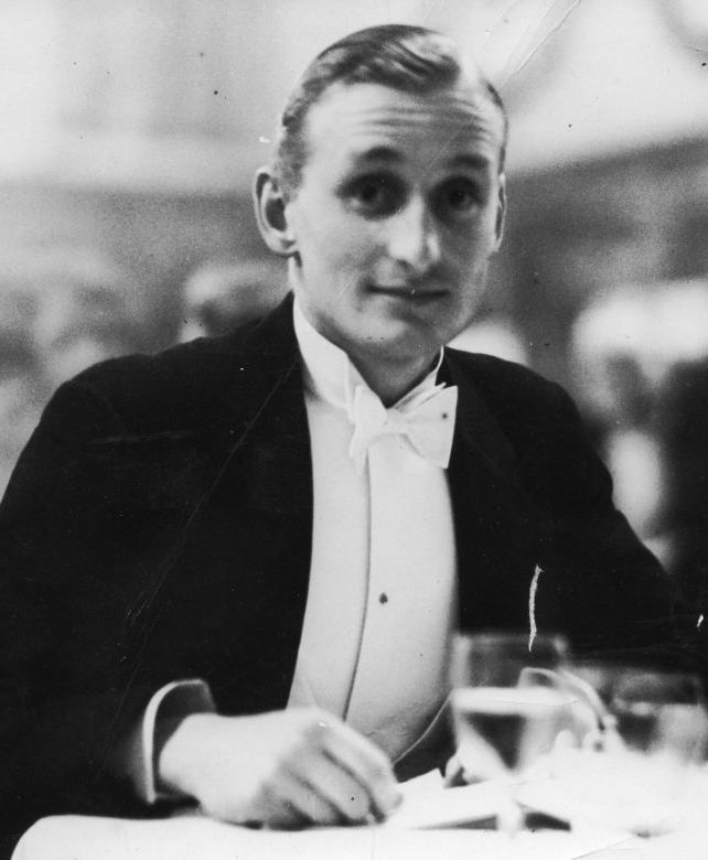 006 Lord Burghley 1932 Breaking: Ian Holm Has Died Aged 88