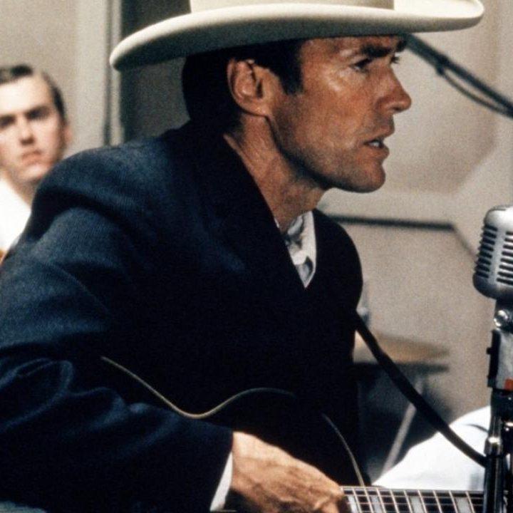 MV5BZjA2NGUyNzktNGYxMS00NDc2LWJkMmMtNTNkOTc2ZTM3ZjMzXkEyXkFqcGdeQXVyOTc5MDI5NjE@. V1 e1598614551698 20 Things You Probably Didn't Know About Clint Eastwood's 1982 Film Firefox