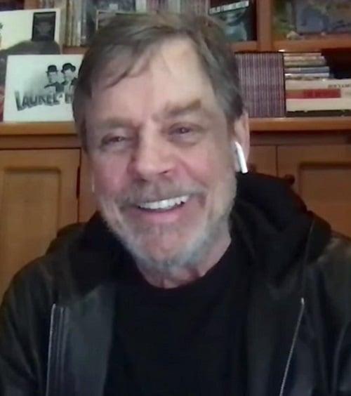 image Watch: Mark Hamill Surprise-Calls Frontline Nurse Star Wars Fan