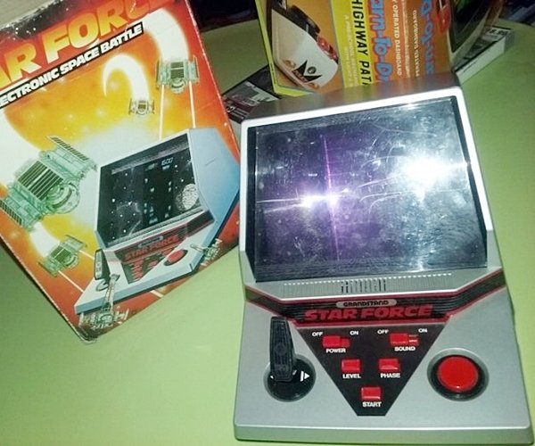 10 12 14 Toys And Gadgets From The 1980s You'd Forgotten Even Existed