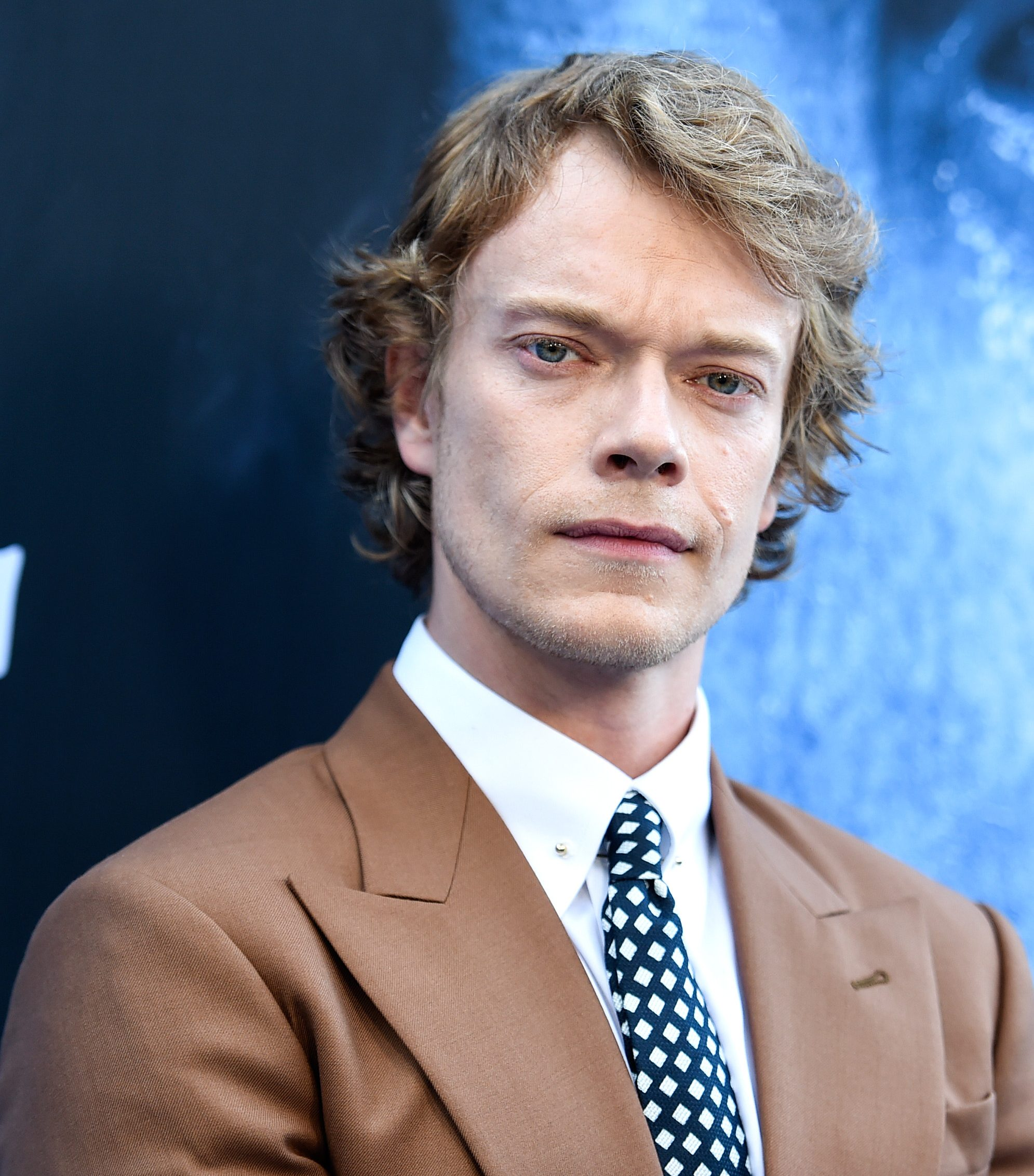 alfie allen 2 e1594641934948 20 Pairs Of Celebrities You Never Knew Were Related!
