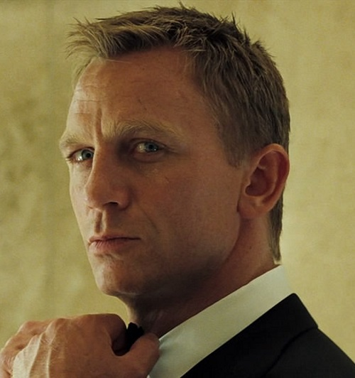 casino royale 2006 daniel craig 007 james bond mads mikkelsen jeffrey wright judi dench eva green movie review 2015 spectre spy thriller action film Daniel Craig Voted Best James Bond In Twitter Poll