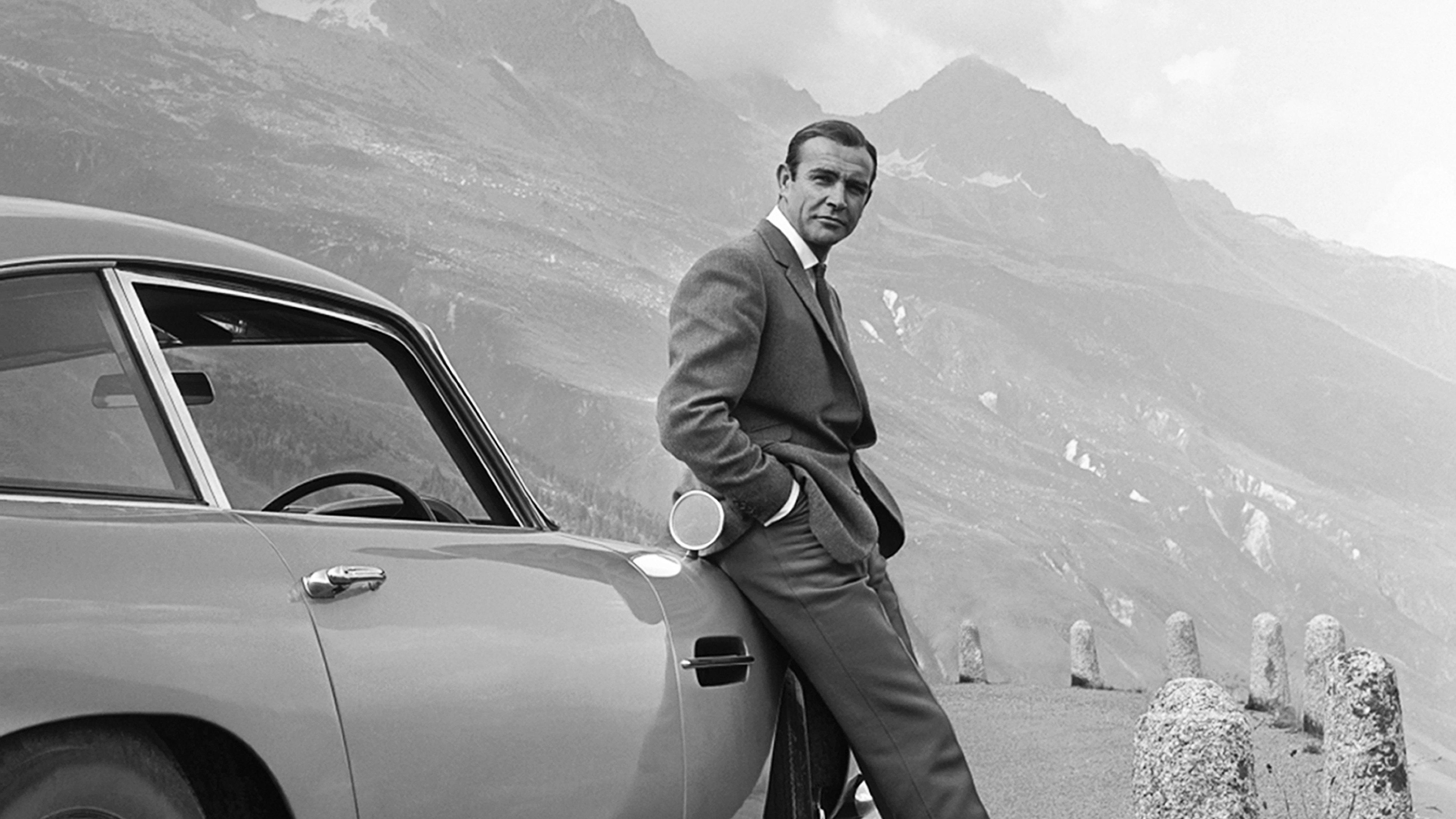 gettyimages 1080440374 wide a3f07ba3712060f40e71e8158e8bda652039f4a7 Daniel Craig Voted Best James Bond In Twitter Poll