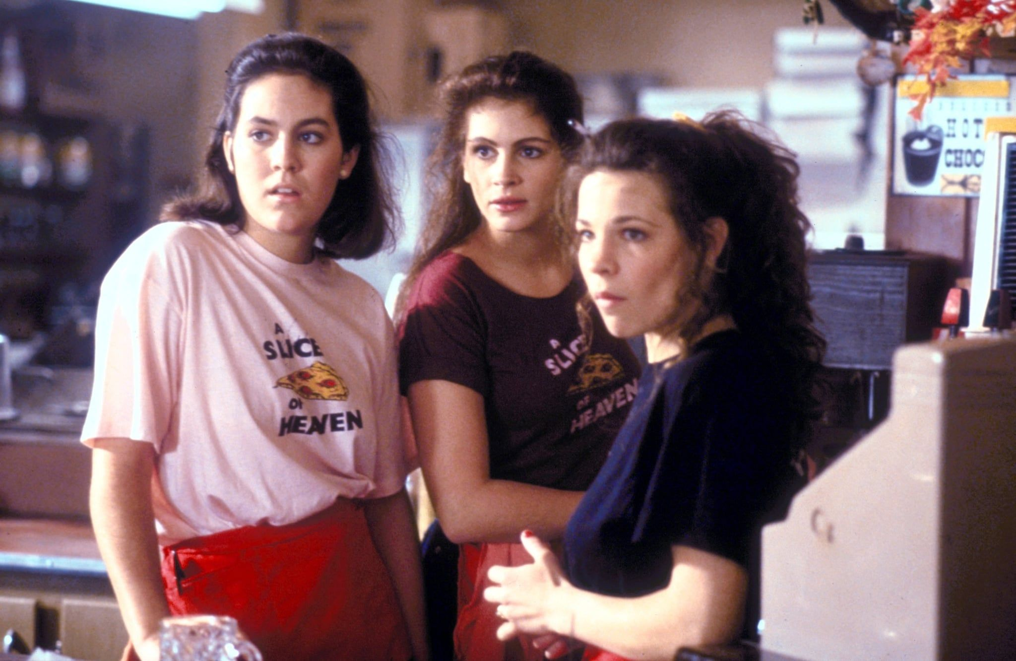4ad8c45c625bc6e3fe793888209fafda 10 Things You Never Knew About The 1988 Julia Roberts Film Mystic Pizza