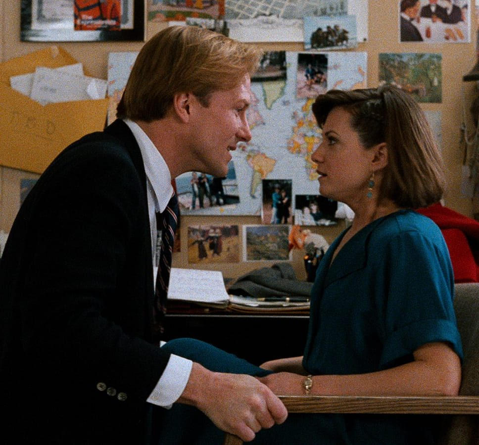 878767c21c0d09c56e25623328aff982 e1616689264263 10 Things You Probably Didn't Know About The 1987 Film Broadcast News