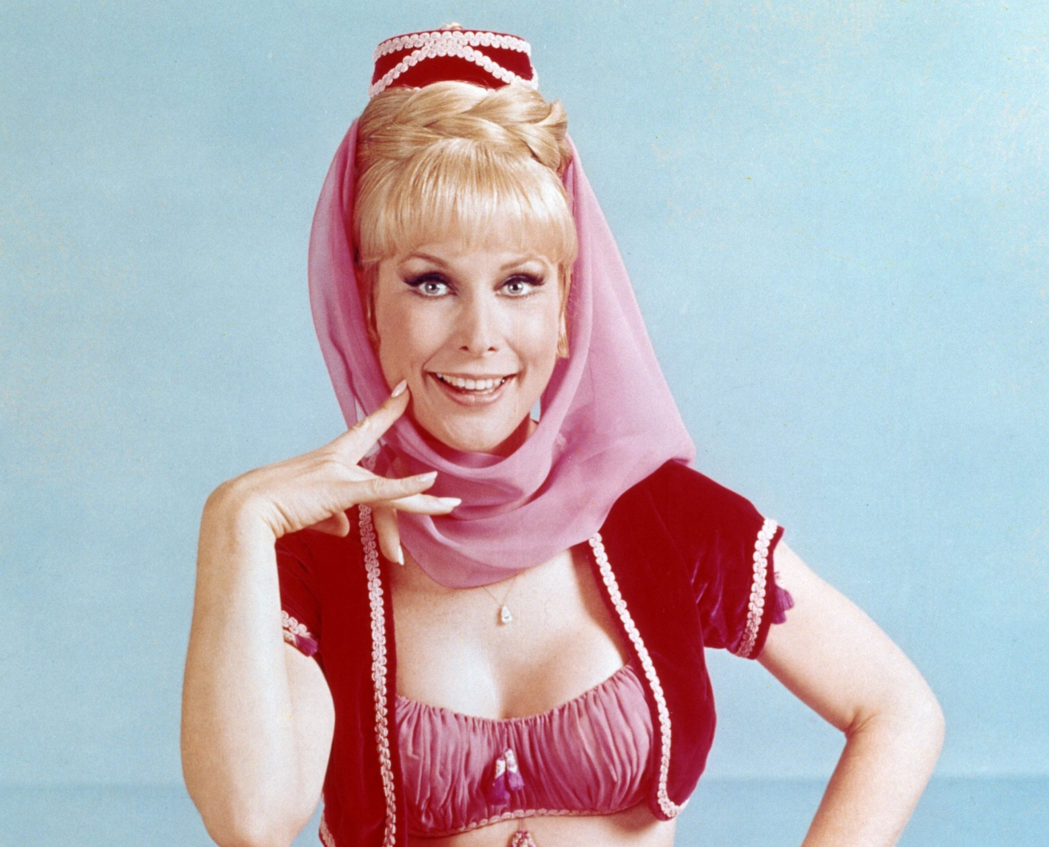 Barbara Eden as I Dream of Jeannie e1625827418519 25 Things You Never Knew About Beaches