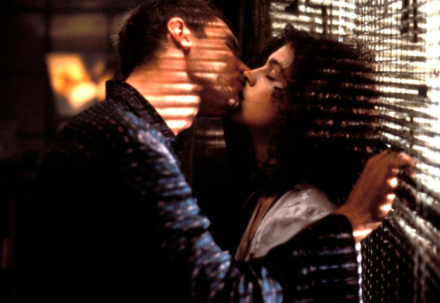 BladeRunnerGb310311 2 35 Great Movie Romances That Are Actually Deeply Problematic