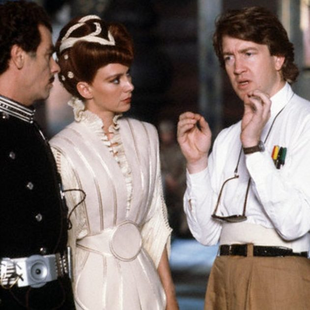 CZNchLAWIAAF9T7 e1603119212158 20 Things You Probably Didn't Know About The 1984 Sci-Fi Film Dune