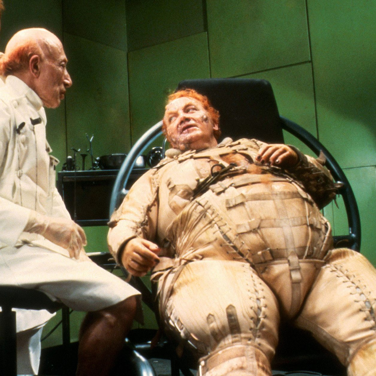 D5RFT5 e1603185599758 20 Things You Probably Didn't Know About The 1984 Sci-Fi Film Dune
