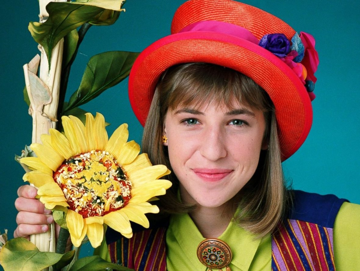 GTY mayim bialik blossom jef 150618 16x9 1600 e1625830822864 25 Things You Never Knew About Beaches