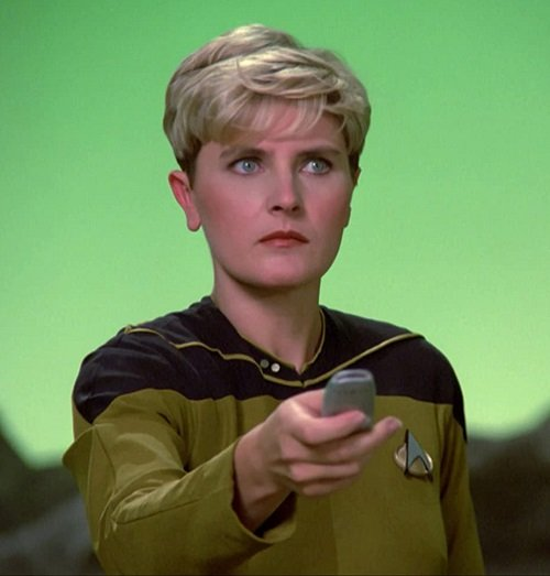 MV5BZjE5Y2U5YTYtMjJjNi00YmZlLWE5MmEtODRjY2VhZWI2NWVkXkEyXkFqcGdeQXVyMjQ3MjU3NTU@. V1 SY1000 CR0013331000 AL Here's What The Cast Of Star Trek: The Next Generation Look Like Now