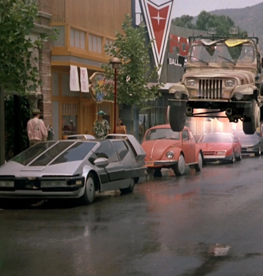Screenshot 2020 09 03 at 08.10.06 e1599117087708 20 Fascinating Futuristic Facts About Back to the Future Part II