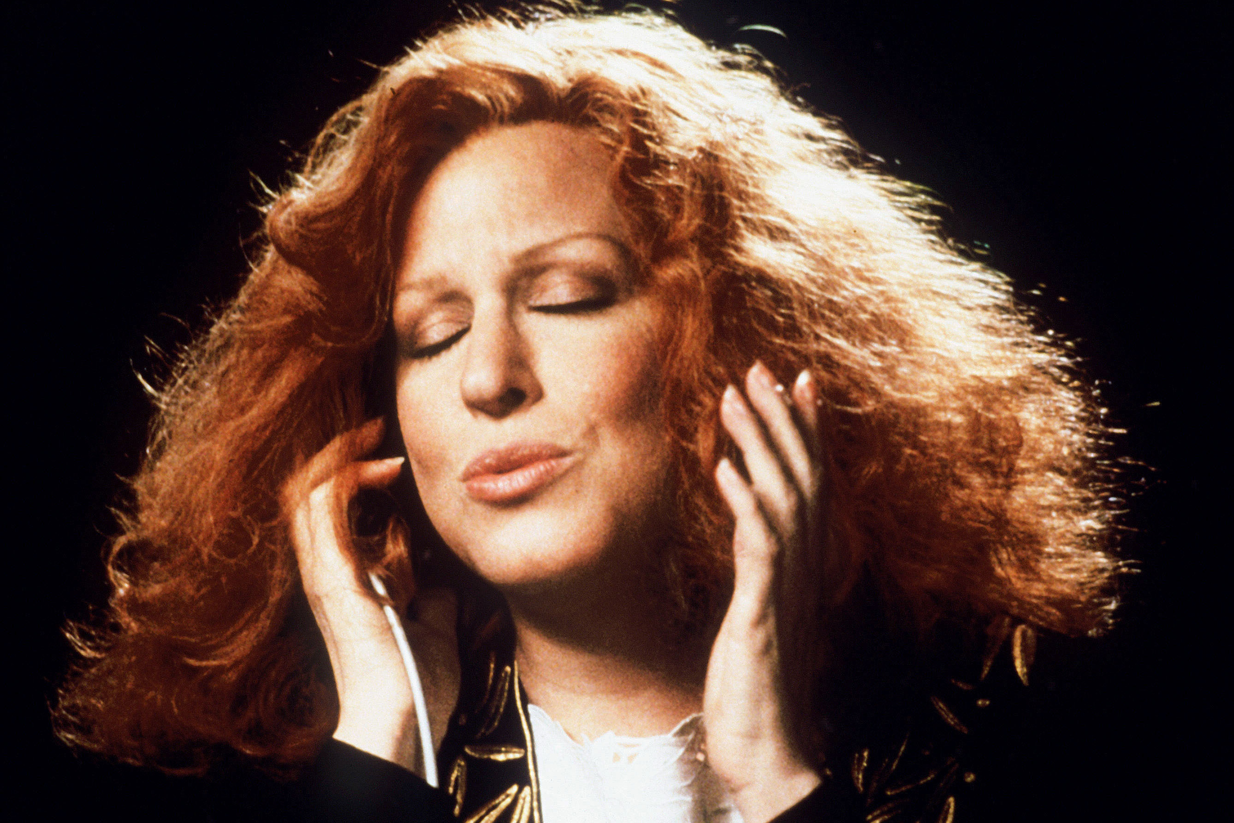 bette midler 1988 flashback 25 Things You Never Knew About Beaches