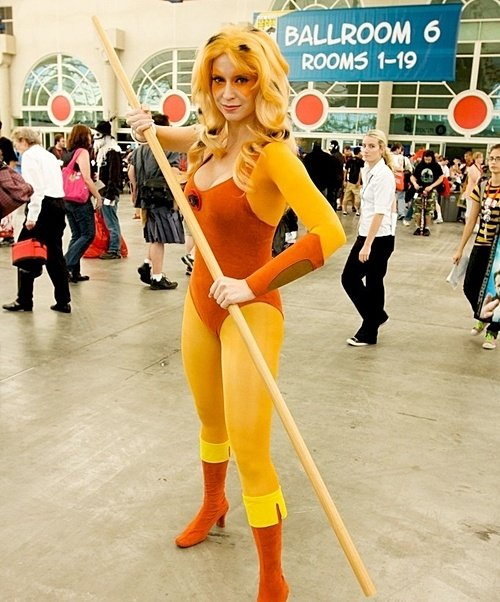 13 9 14 Eighties Inspired Cosplay Outfits That Have To Be Seen To Be Believed
