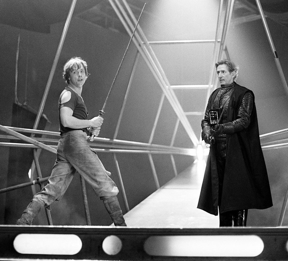 2 35 e1601462421914 20 Little-Known Facts About The Legendary Mark Hamill