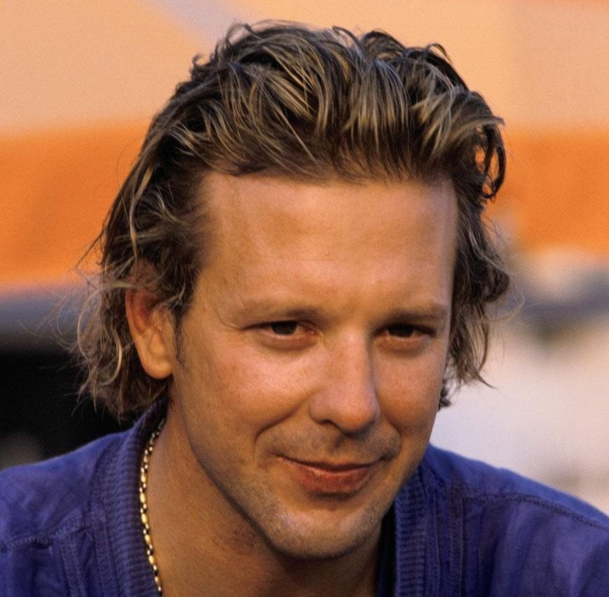 28 4 e1600685514337 20 Things You Never Knew About Mickey Rourke