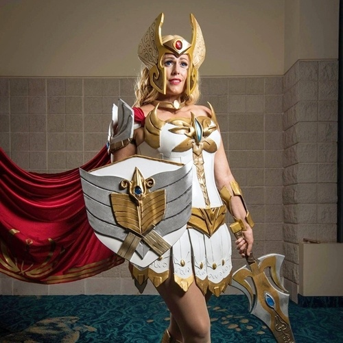 3 27 14 Eighties Inspired Cosplay Outfits That Have To Be Seen To Be Believed