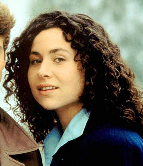 4 14 Remember Minnie Driver? You Won't Believe How Amazing She Looks Now!