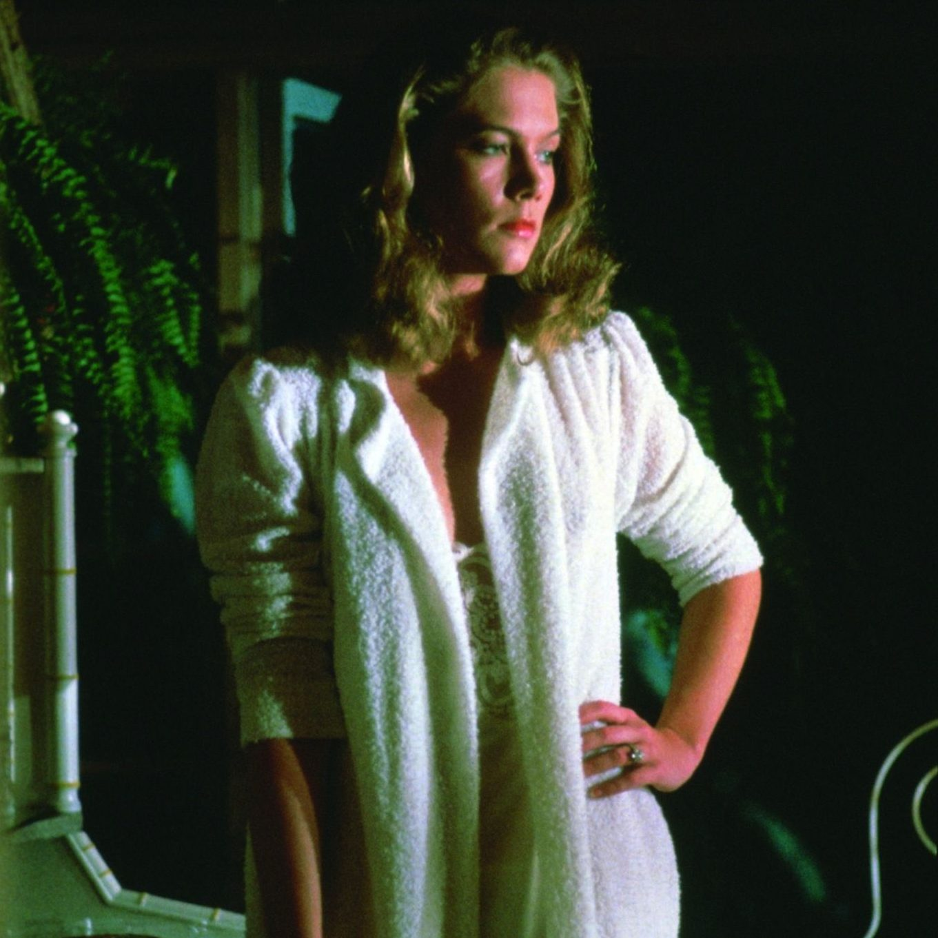 40cfbd28639611ce36b6428d914cad3d e1602071686993 20 Things You Probably Didn't Know About Kathleen Turner