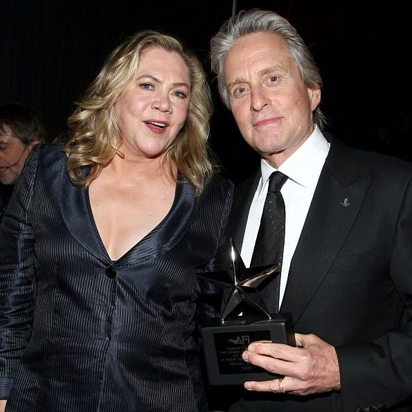 4ADA090500000578 5582321 image m 39 1522938610804 1 e1602071120200 20 Things You Probably Didn't Know About Kathleen Turner