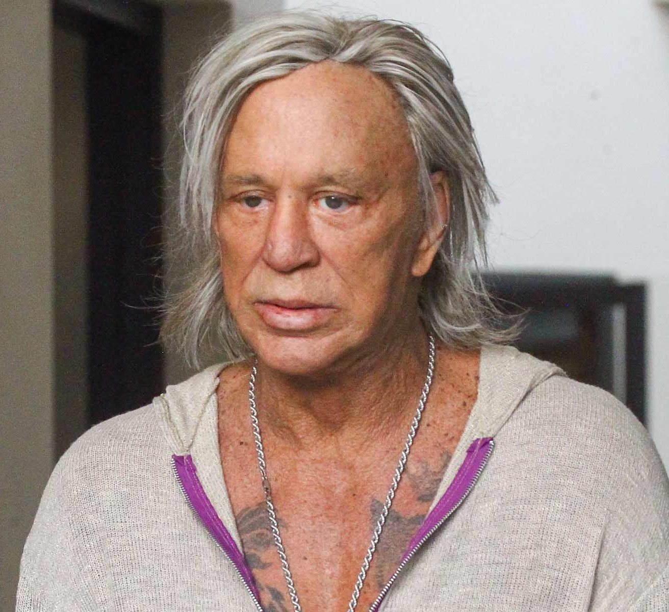 9 18 e1600775211420 20 Things You Never Knew About Mickey Rourke