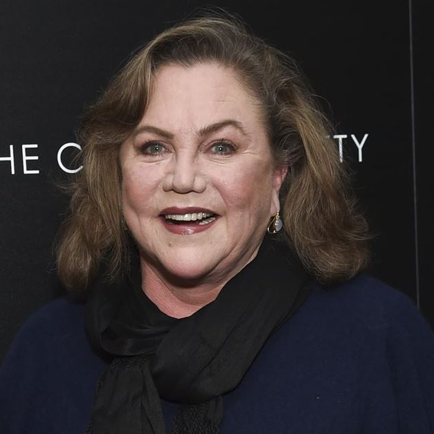 Actress Kathleen Turner 1569573800 e1602070119713 20 Things You Probably Didn't Know About Kathleen Turner