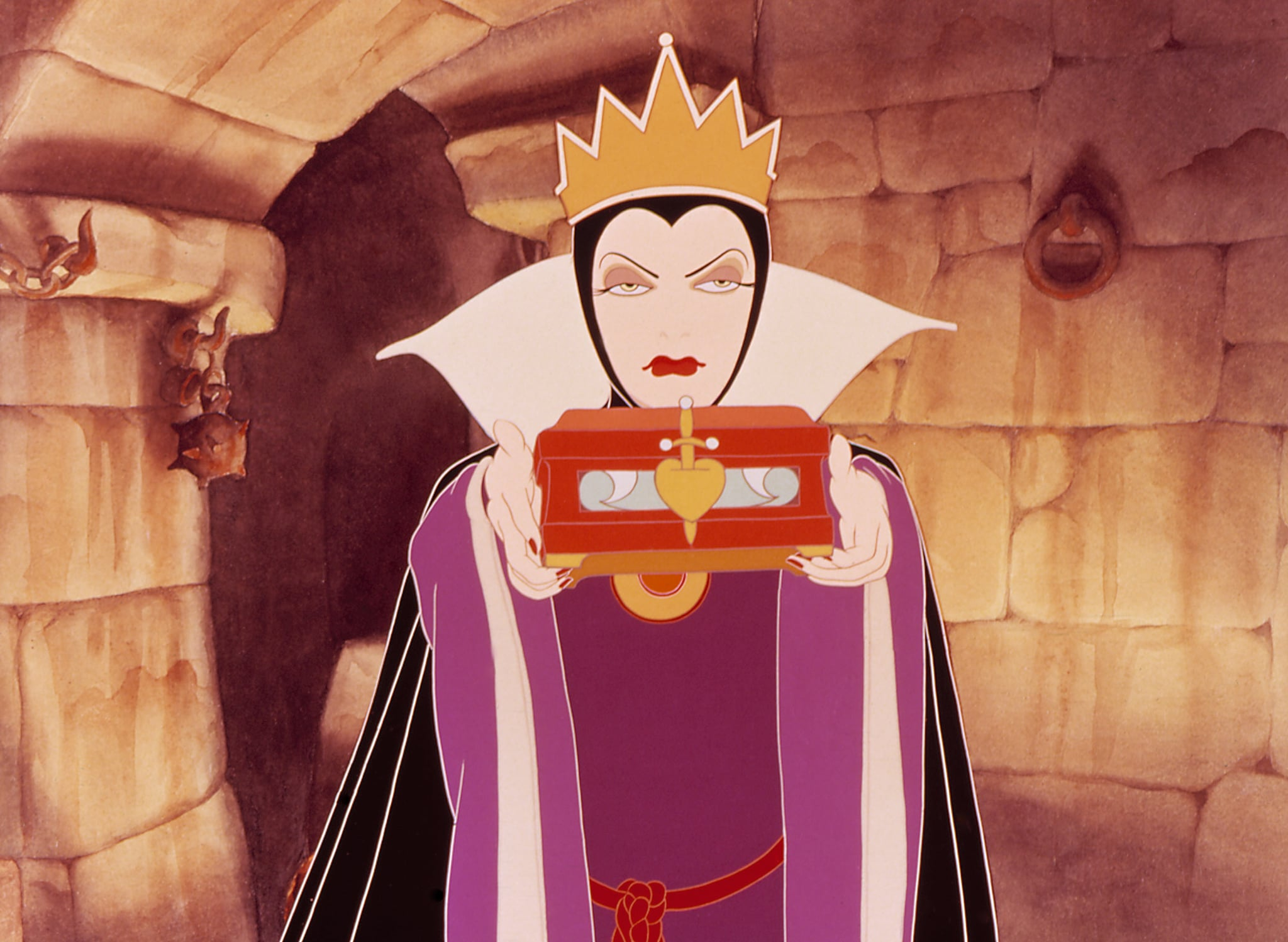 Evil Queen Snow White Seven Dwarfs 20 Characters That Scared The Life Out Of Us As Children